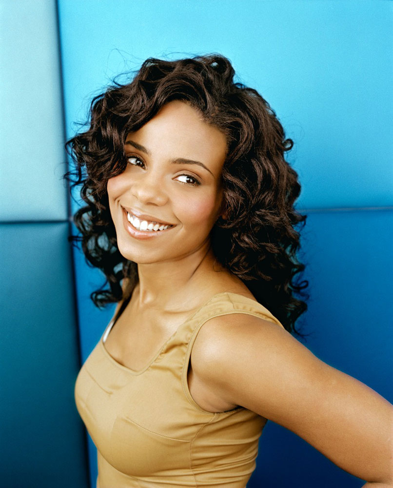 BEST MEDIUM CURLY HAIRSTYLE FOR BLACK WOMEN IN 30'S