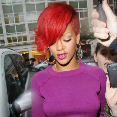 RIHANNA RED SHORT HAIRSTYLE BEST HAIRCUT AFRICAN AMERICAN