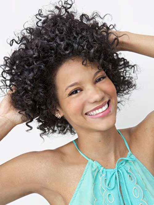 BEST SHORT CURLY AND MESSY HAIRSTYLE FOR BLACK WOMEN