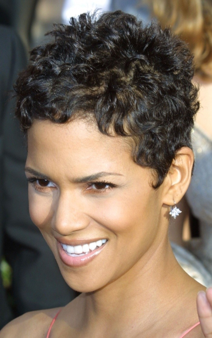 50 Best Short Curly Hairstyles For Black Women , 2019