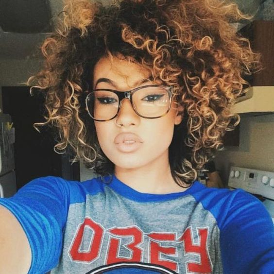 BEST SHORT CURLY HAIRSTYLE FOR BLACK WOMEN