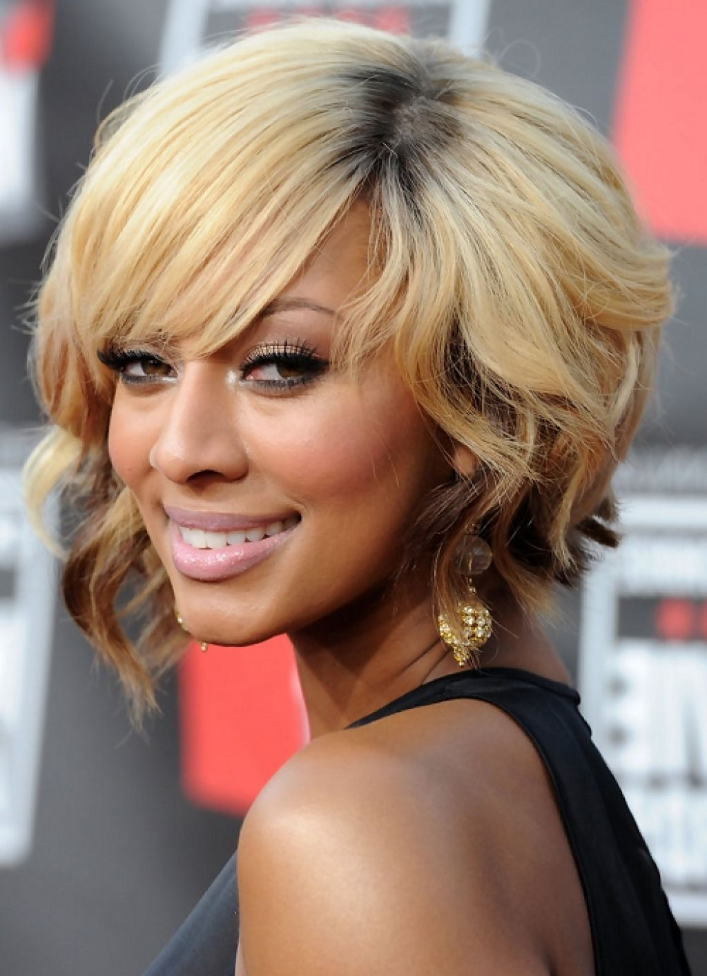 Sensational 5 Hottest Medium Blonde Hairstyles For African American Women Cruckers Hairstyles For Women Draintrainus