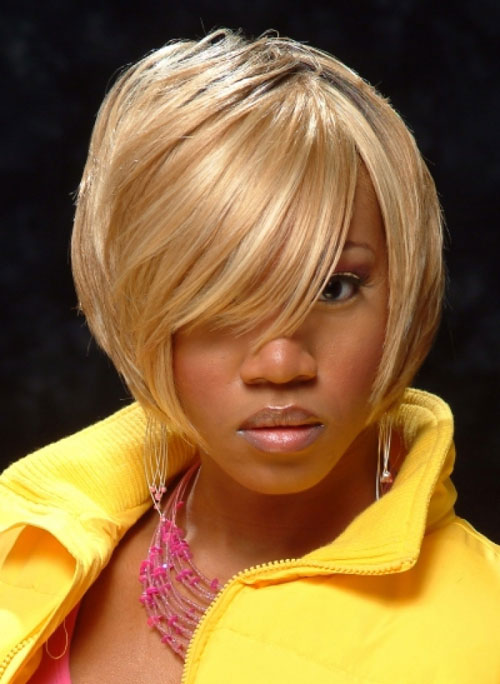 5 Most Inspiring Short Straight White Blonde Haircuts One Eye covered African American Women