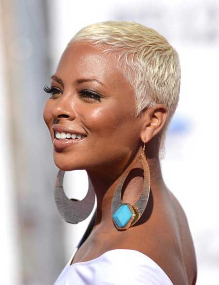 Short Sophisticated White Blonde Haircut with Curls  for African American