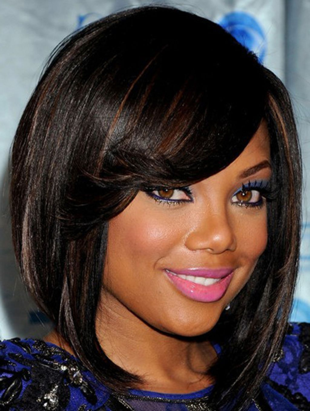 Beautiful Short thick haircut for round faces African American