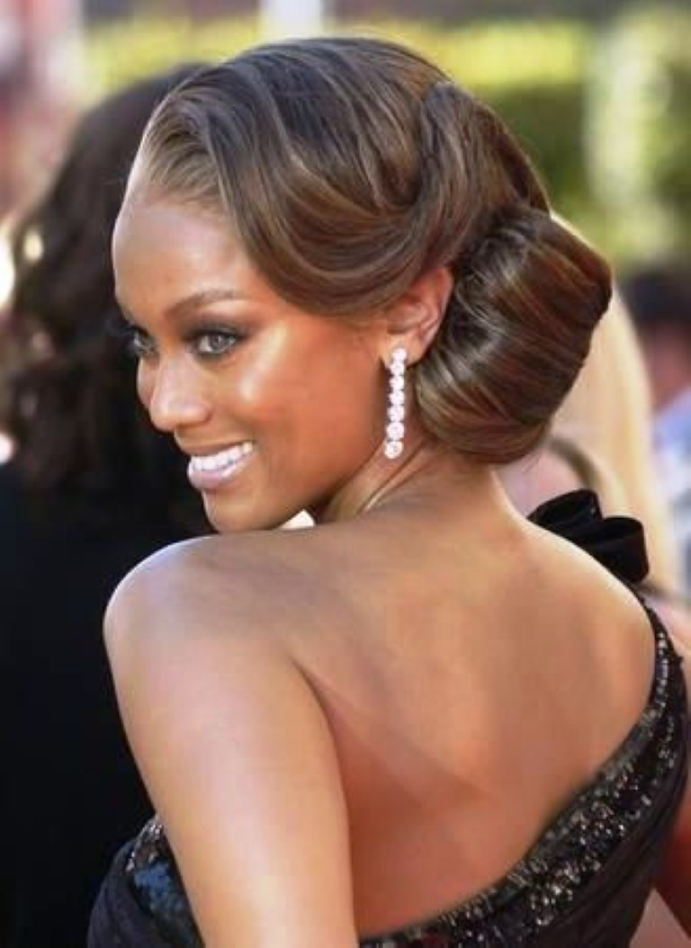 50 best wedding hairstyles for black women 2017 cruckers best wedding medium hairstyle with side bun for black women pmusecretfo Images