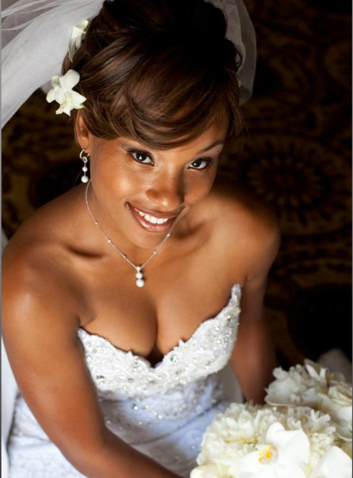 Best Wedding Short Hairstyle with Bangs for Black Women