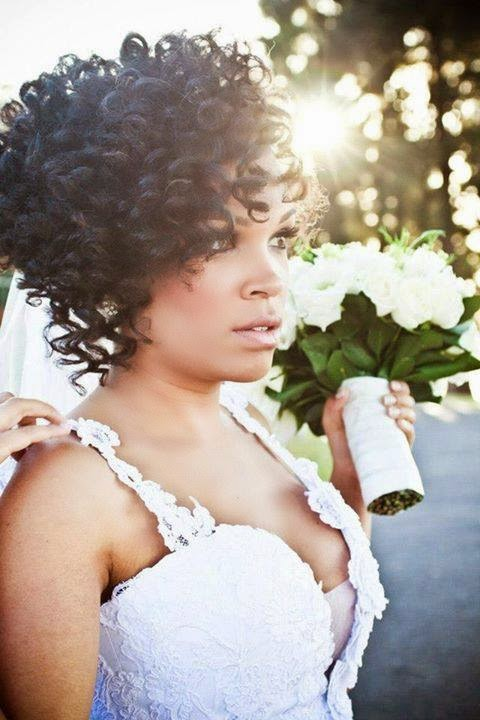 Best Wedding Short Hairstyle with Bouncy Curls for Black Women