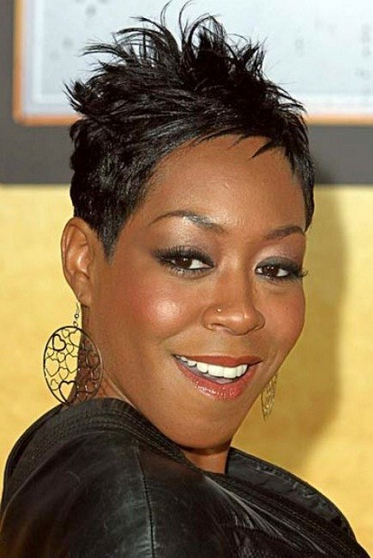 Peachy 5 Adorable Short Haircuts For Long Faces African American Cruckers Hairstyles For Men Maxibearus
