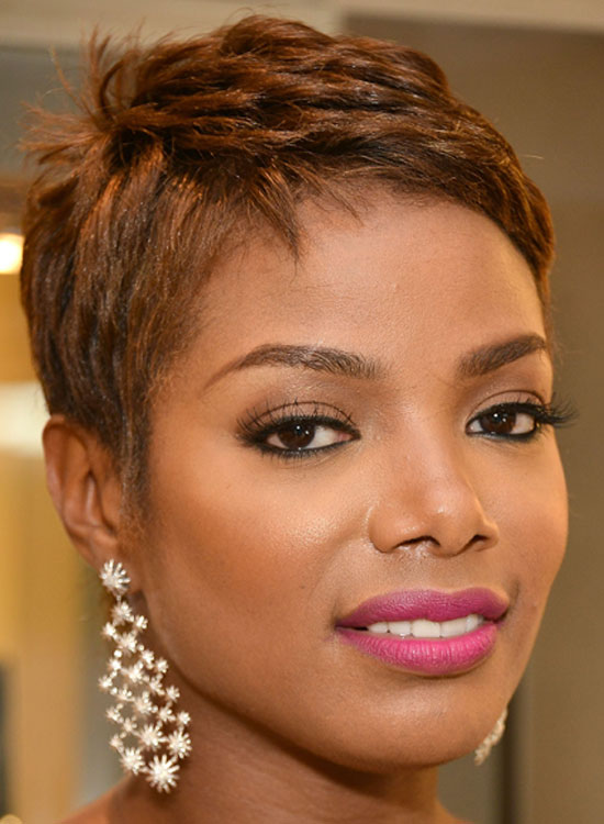 Dazzling short natural haircut for Girls wavy  African American