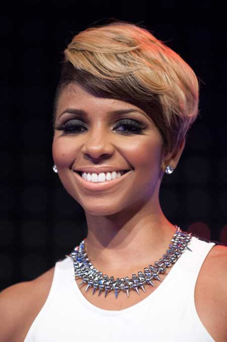 Stunning short haircut one side long colored African American
