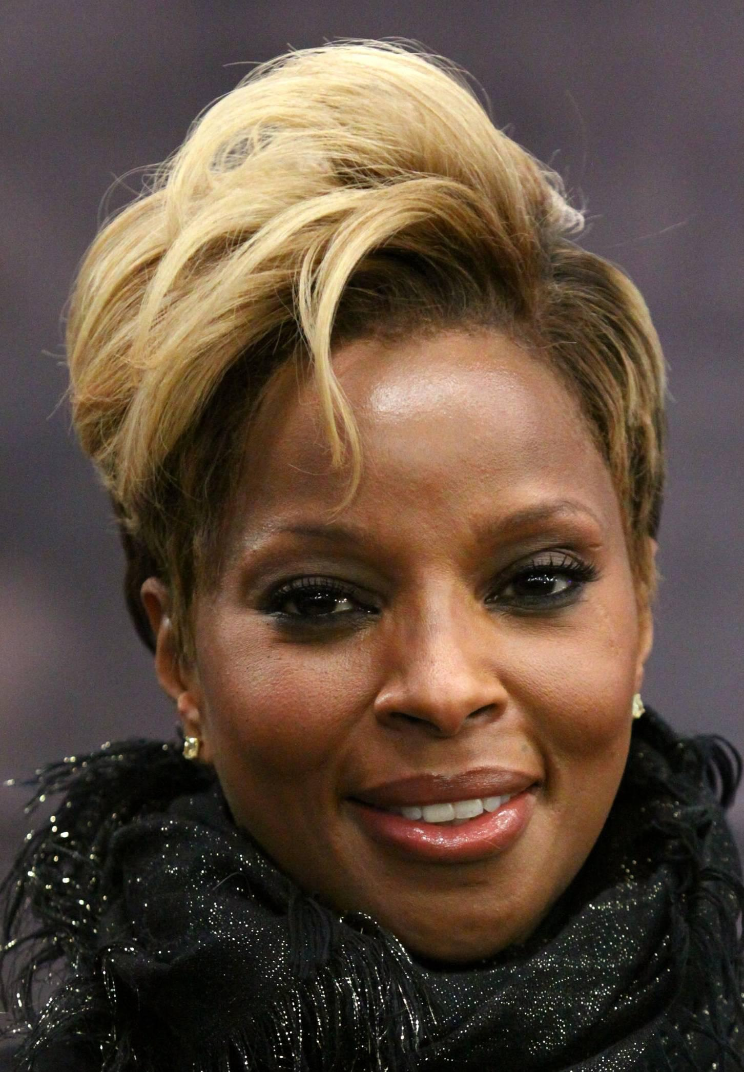 Beautiful blonde short haircut oval face African American