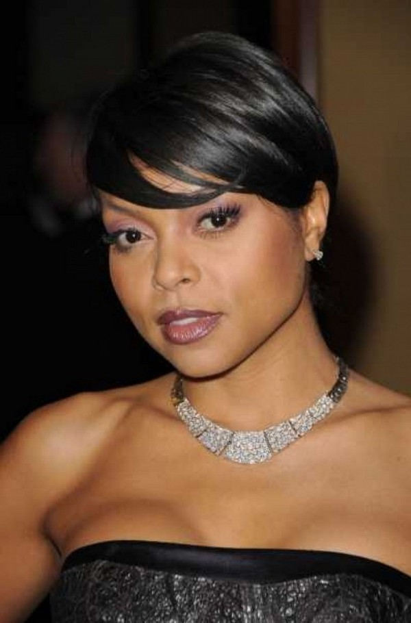 Captivating short haircut for parties African American above 40's
