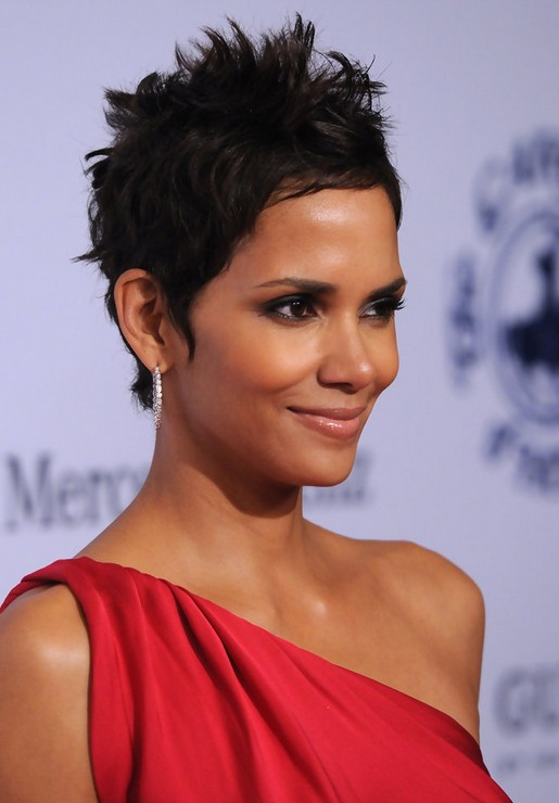 Captivating short haircut messy for parties African American