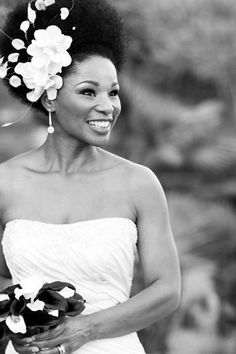 Breathtaking oval face natural wedding hairstyle black women