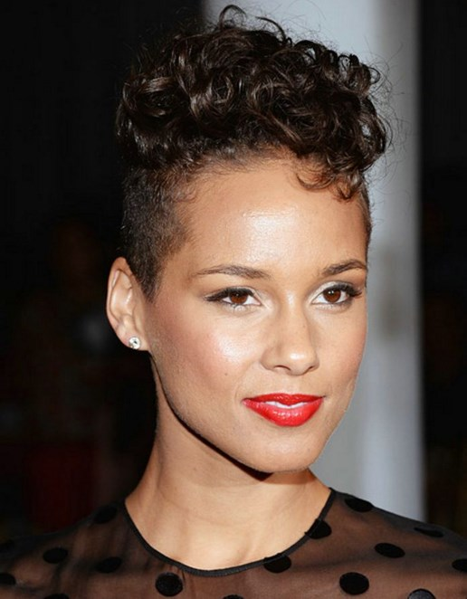 Short haircut curly for fat faces African American