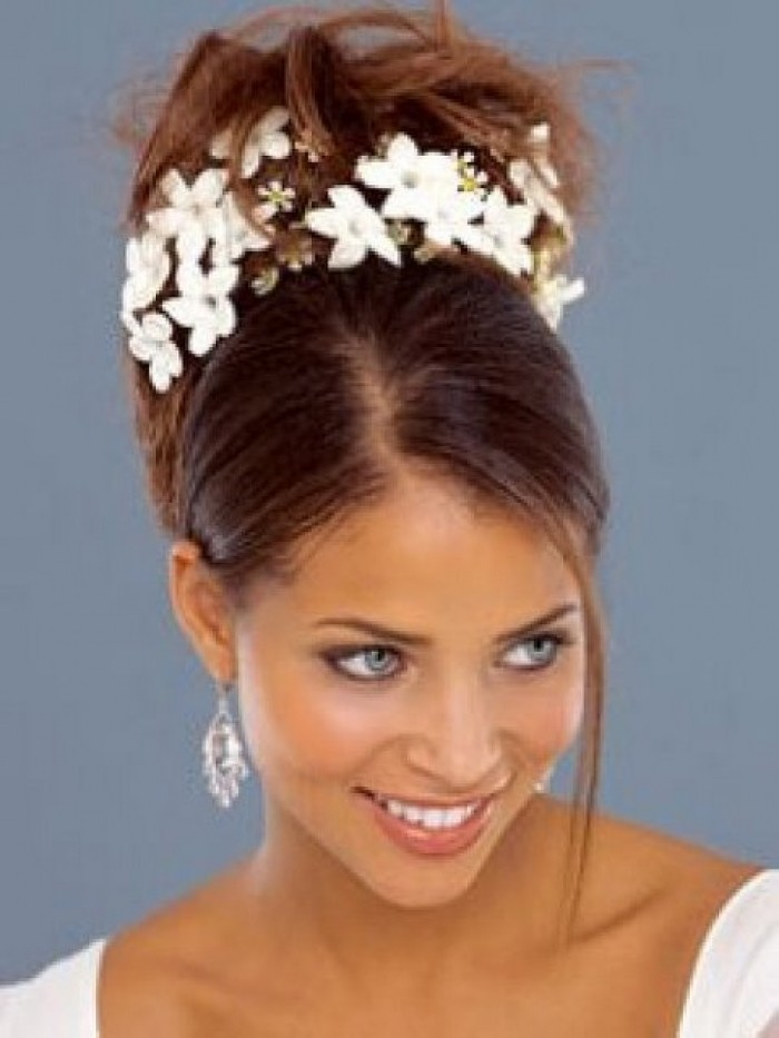 stunning-wedding-straight-and-wavy-hair