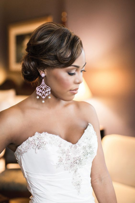dependable-wedding-wavy-hair-for-black-women-at-30