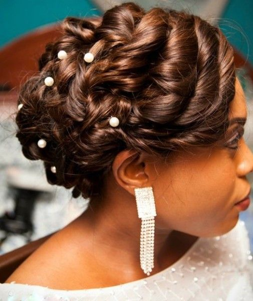 eye-catching-wedding-colored-loose-up-do-black