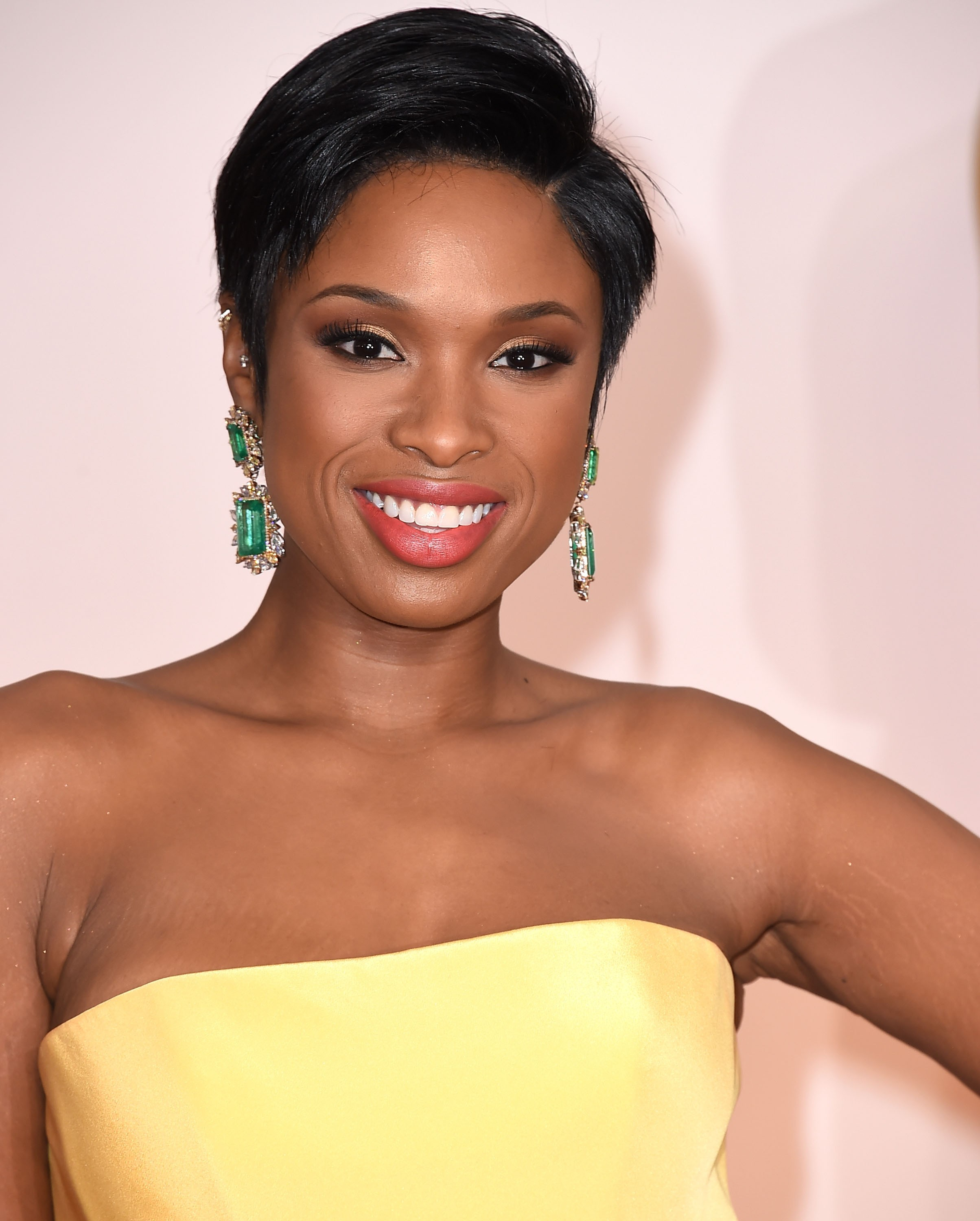 5 Trendy Short Haircuts African American Women Should Try