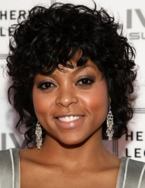 Short Curly Hair for Black Women With Round Faces
