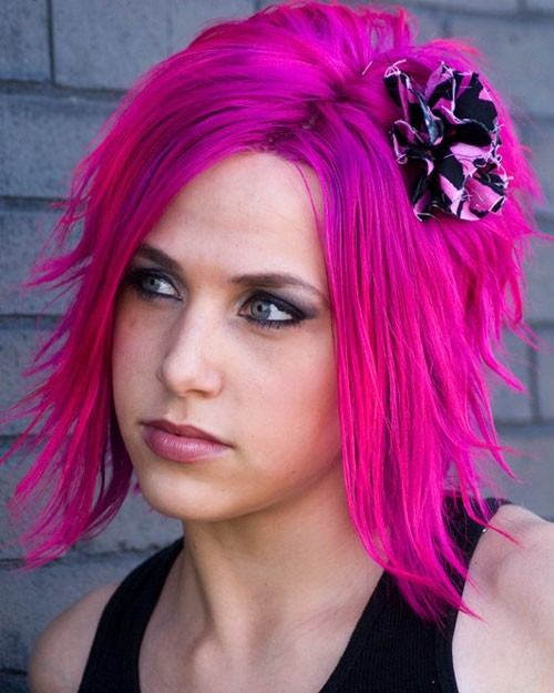 Tips On How to Dye Your Hair Neon Purple