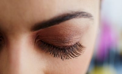How to Grow Long Eyelashes