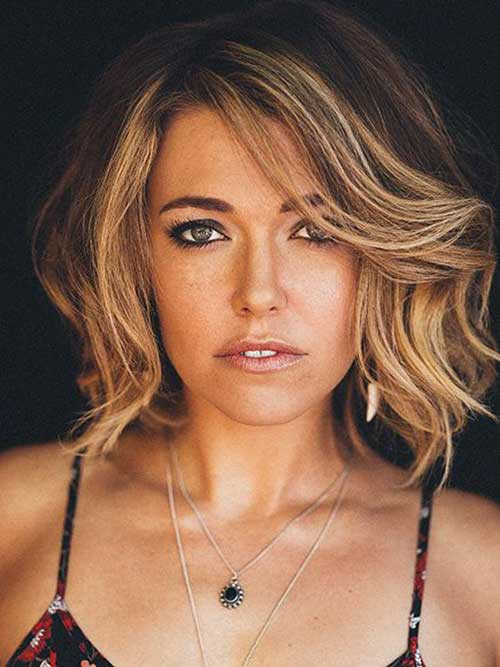 Side Swept Ombre Bob hairstyle
