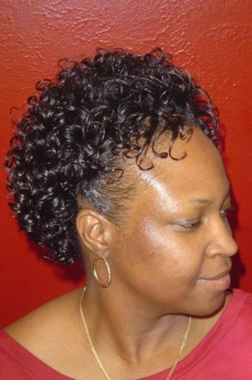Curly-Short-Hairstyles-For-Black-Women-2