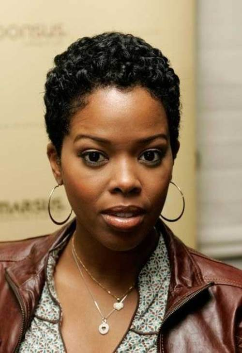 Cute-Short-Hairstyles-For-Black-Women-2