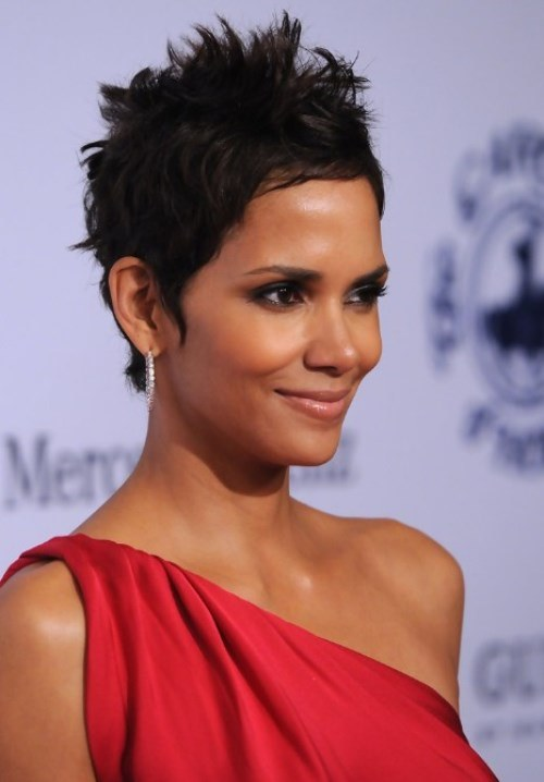 Pixie-Short-Hairstyles-For-Black-Women