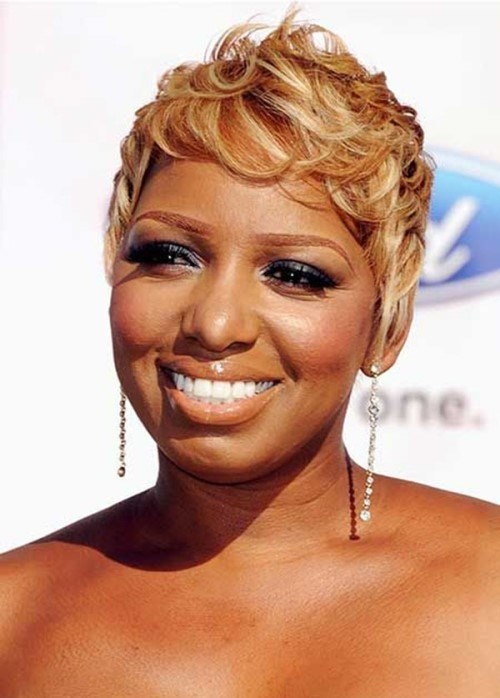 Short-Blonde-Hairstyles-For-Black-Women-2