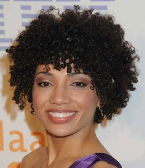 Short-Curly-Hairstyles-For-Black-Women-2