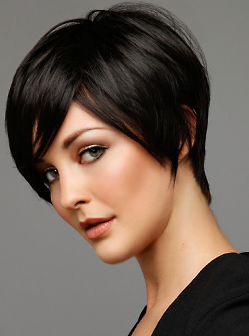 Sleek-Bob-Short-Hairstyles-For-Black-Women-1