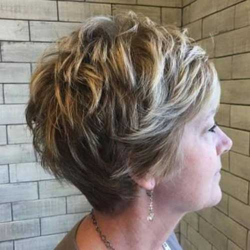 CURLY SHORT HAIRCUTS FOR WOMEN OVER 50 YEARS