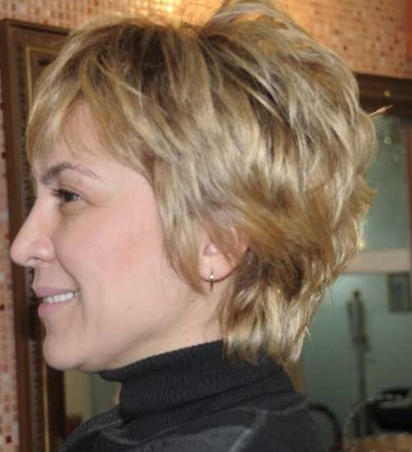 CURLY SHORT HAIRCUTS FOR WOMEN OVER 50